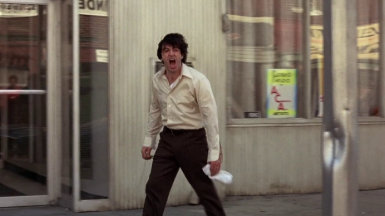 7×02 – Dog Day Afternoon